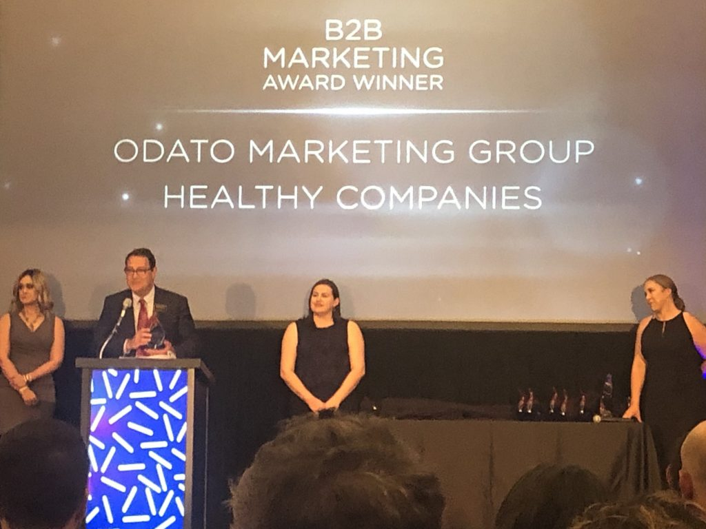 Rich Odato accepts 2018 B2B Marketer of the Year award